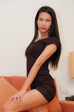 ladyboy/ball-naughty-bangkok-ladyboy-escort-masseuse-04_1514571537.jpg