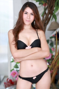 nong-thai-escort-girl-03