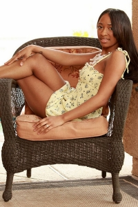 prada-young-african-ebony-escort-bangkok-10