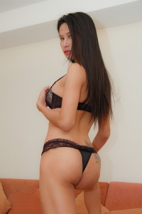 ball-naughty-bangkok-ladyboy-escort-masseuse-05